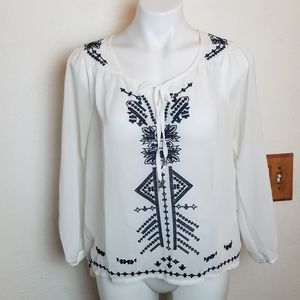 NYC Blouse White M  hi-low black Embroidered